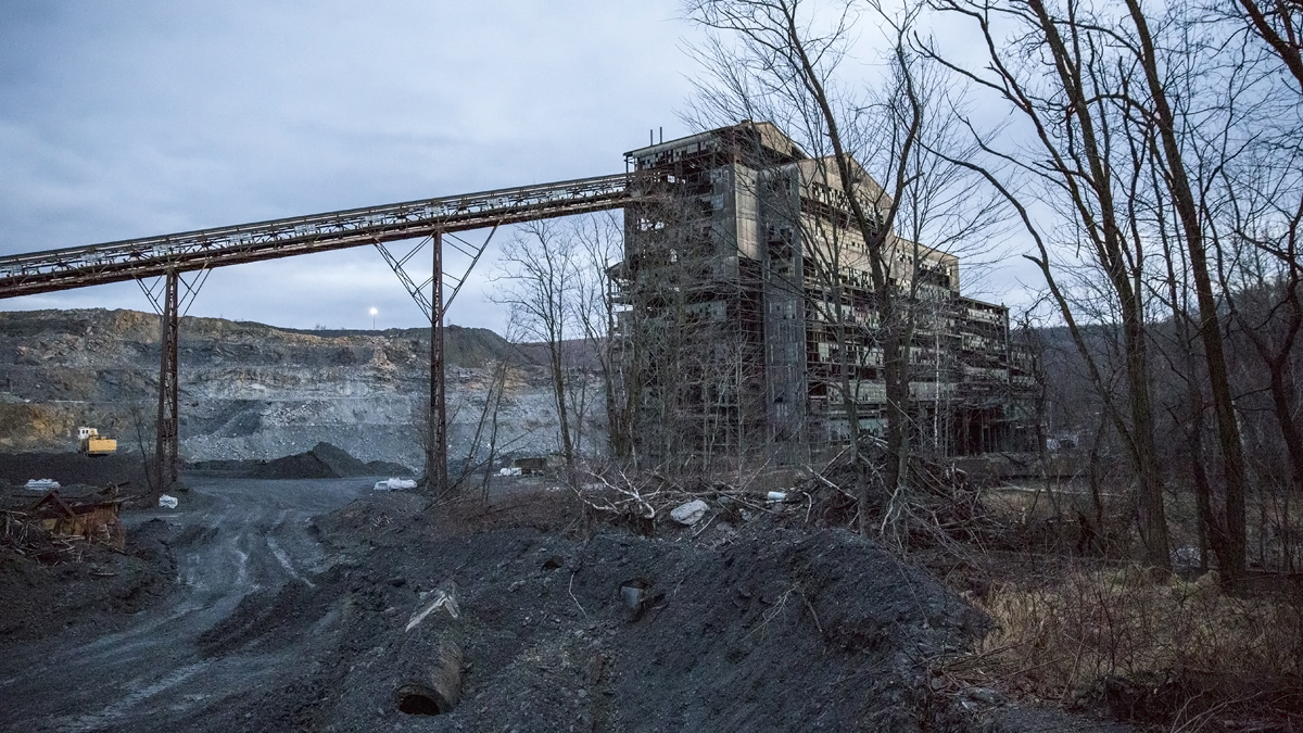 mahanoy city coal breaker 1200