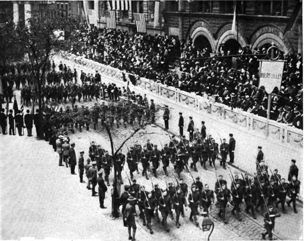 28th Division on Parade at Independence Hallx600